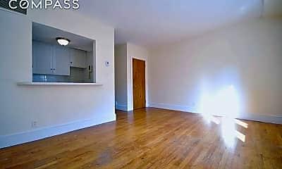 Living Room, 247 E 81st St 3-A, 1