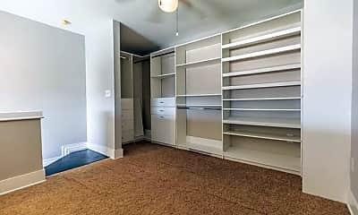 Bedroom, 115 E Park Ave, 1