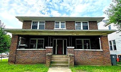 Building, 426 E 6th St, 1