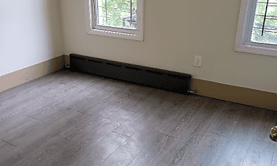 Living Room, 2000 Bergen St, 0