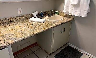 Bathroom, 5009 16th St, 2