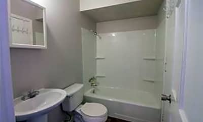 Bathroom, 2225 N 4th St 2227, 2