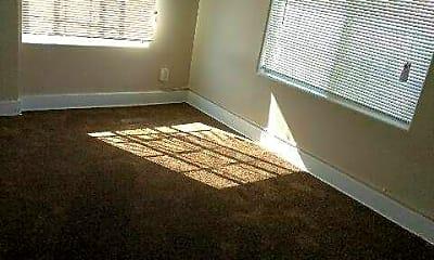 Bedroom, 623 E 7th St, 2