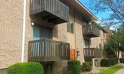 Sandy Creek Apartments, 2