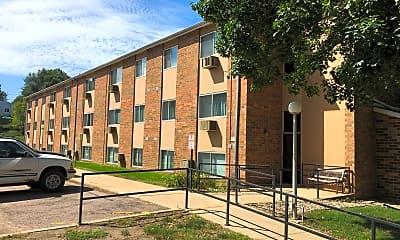 Heritage Apartments, 0