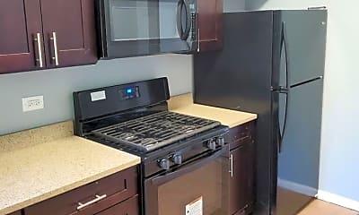 Kitchen, 139 W Marquette Rd, 1