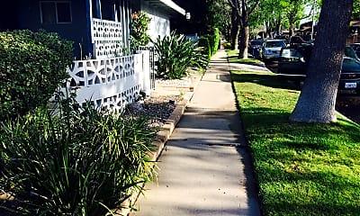 house 6.jpg, 13441 Ratner Street, 2