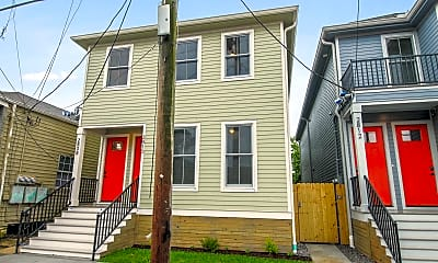 Building, Room for Rent - Newly Built home in Central City, 0
