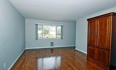 Living Room, 111 Garden Dr, 1