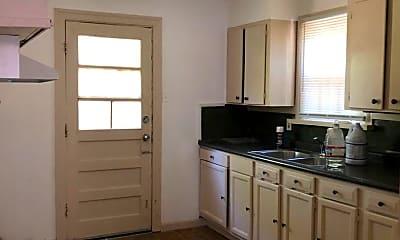 Kitchen, 6006 Canal Blvd, 1
