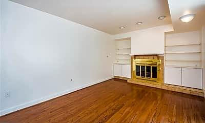 Living Room, 827 S Bond St 1, 0