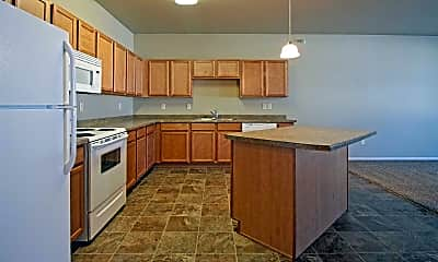 Kitchen, Custer Crossing Apartments, 0