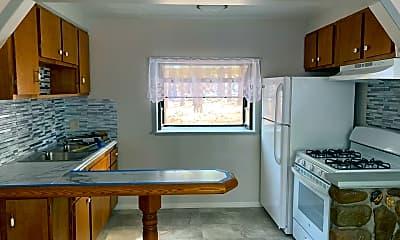 Kitchen, 1094 Bijou St, 1