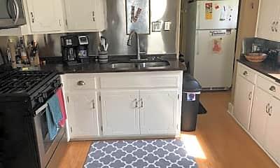 Kitchen, 2939 Lincoln St NE, 1