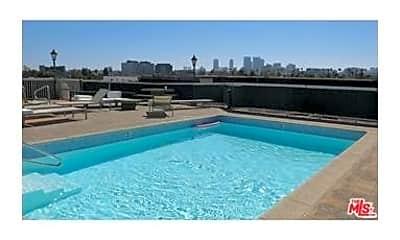 Pool, 8811 Burton Way 310, 2