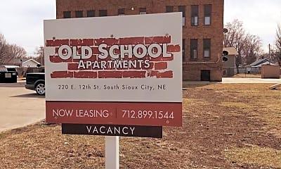Community Signage, 220 E 12th St, 1