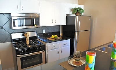 Kitchen, 1029 N Ardmore Ave, 0