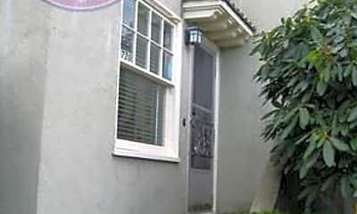 Building, 5722 SE Belmont St, 0