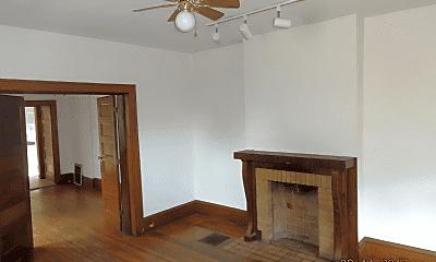 Bedroom, 65-69 E Patterson Ave, 1