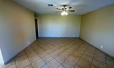 Dining Room, 316 W Hononegh Dr, 1