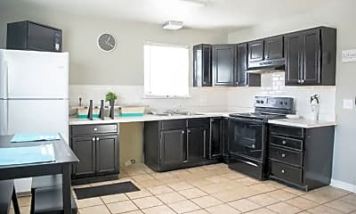 Kitchen, Room for Rent -  a 2 minute walk to bus 42, 0