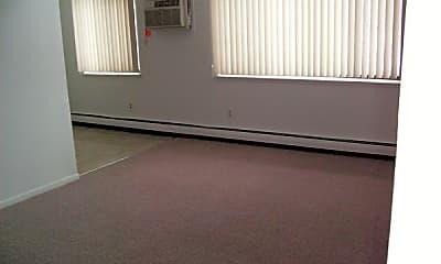 Living Room, 800 W Lenawee St, 1