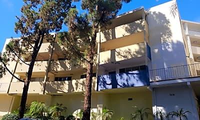 Palos Verdes Terrace, 2
