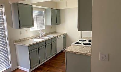Kitchen, 5115 N 12th St, 0