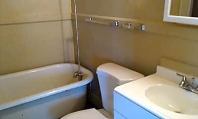 Bathroom, 312 6th St N, 2