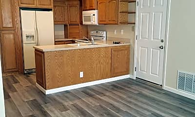 Kitchen, 5381 Colony Green Dr, 1
