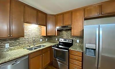 Kitchen, 4353 Rue De Belle Maison, 0