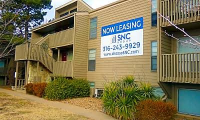 Building, Lodge West Apartments, 0