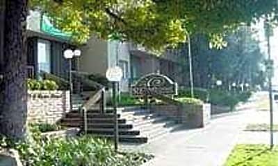 Reno Street Apartments, 0