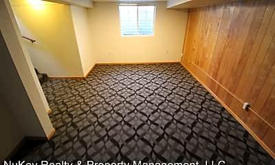 Bedroom, 505 W Alice Ave, 2