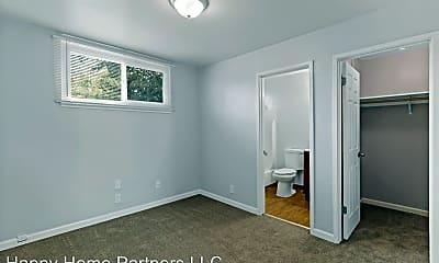 Bedroom, 2530 35th Avenue 01-17, 2