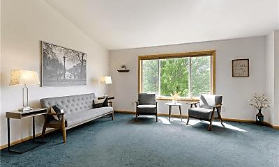 Living Room, 28600 Snow Goose Trail, 1