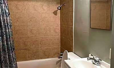 Bathroom, 7465 Whitney Dr, 2