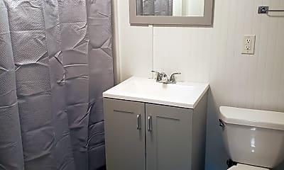 Bathroom, 6241 W Holbrook St GARDEN, 2