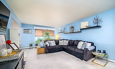 Living Room, 79 Riverview Ct 79, 0