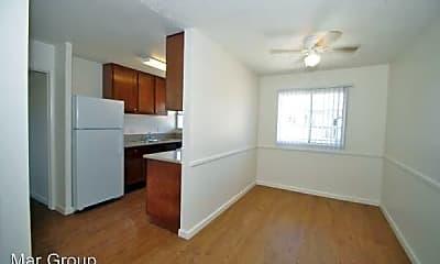 Kitchen, 8501 Glenhaven St, 2