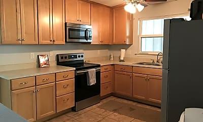 Kitchen, 2114 High Rd, 0