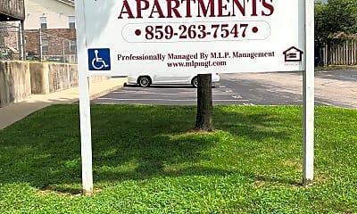 Derbytowne Apartments, 1