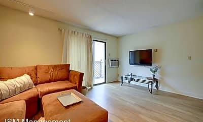 Living Room, 303 S Wright St, 1