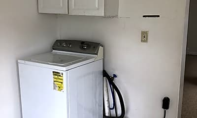 Kitchen, 331 Rose St, 1