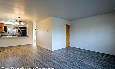 Living Room, 2399 NE Holliday Ave, 1