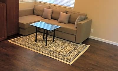 Living Room, 2076 Oakwood Dr, 0