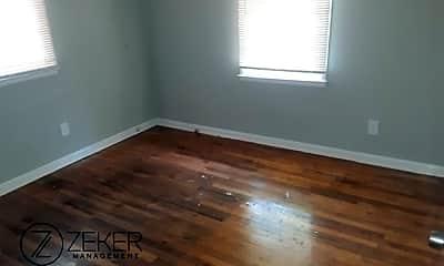 Living Room, 256 Grainger Dr, 2
