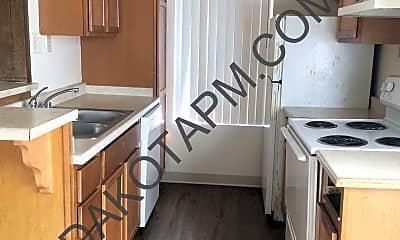 Kitchen, 4259 Marlborough Ave, 1