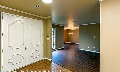 Living Room, 6418 Long Cir, 1