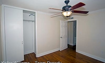 Bedroom, 320 Lakeview St, 1